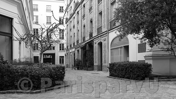 Passage Dauphine Paris 6th