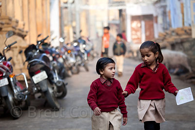 Children on their way to school in Jaisalmer, Rajasthan, India