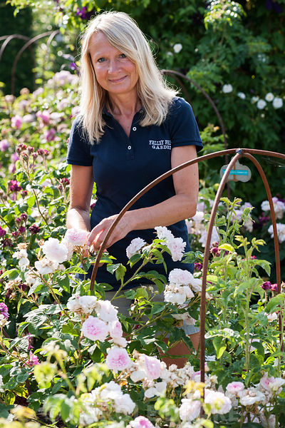 Lindsey Ellis, Head Gardener. Felley Priory, Underwood, Notts, UK