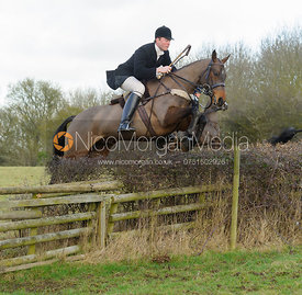 Ed Winterton Hounds at Ingarsby Hall 3/2