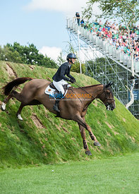 Harriet Nuttall (GBR) & A Touch Imperious