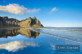 Mountain landscape at Vestrahorn and ocean - Europe, Iceland, Eastern Region, Höfn, Stokksnes - digital