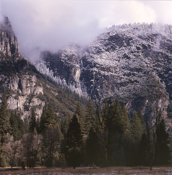 005-California_CA141008_Yosemite__Fresh_Snow_on_Cliffs_Preview