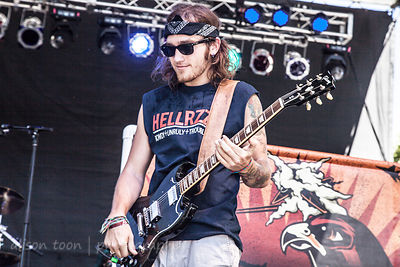 Alex Vincent playing Star Spangled Banner, SacTownRocks 2014