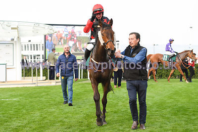 Uno_Mas_winners_enclosure_17042019-4