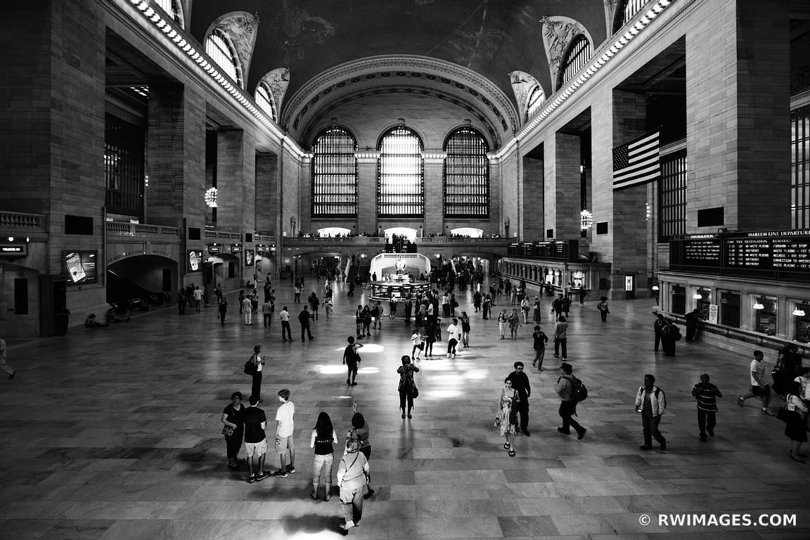 NEW YORK CITY GRAND CENTRAL STATION BLACK AND WHITE
