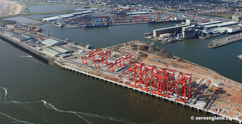 Port of Liverpool Megamax cranes