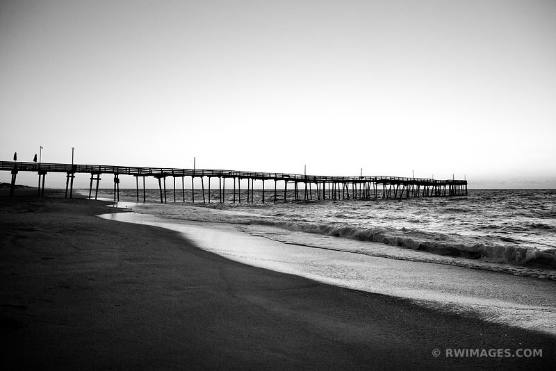FISHING PIER HATTERAS ISLAND OUTER BANKS BEFORE SUNRISE BLACK AND WHITE