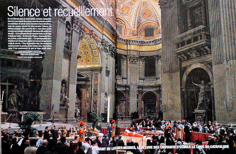 Jean-Paul II, Basilique Saint-Pierre de Rome, Paris Match N° 2917 du 11 Avril 2005, Rome