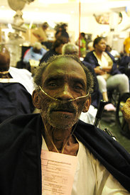New Orleans evacuee awaits medical attention after Katrina