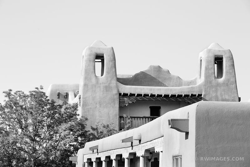 SANTA FE NEW MEXICO ADOBE BUILDING ARCHITECTURE BLACK AND WHITE HORIZONTAL