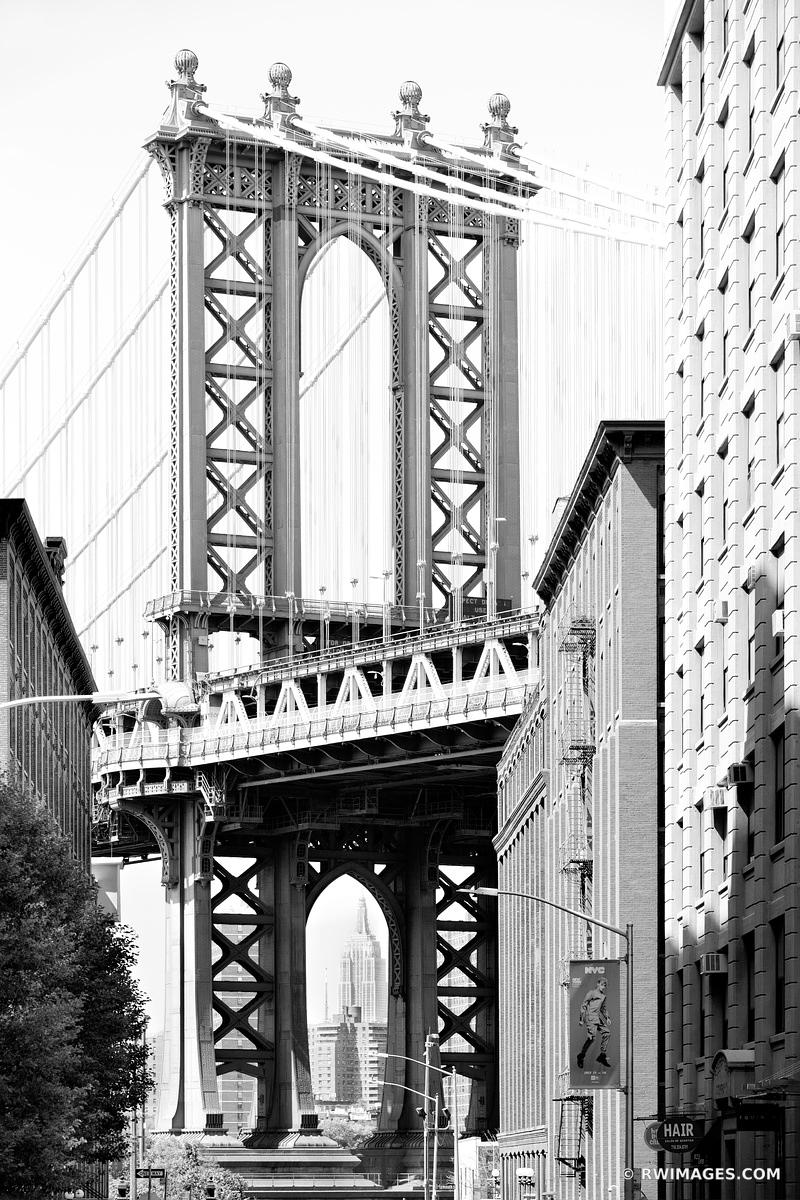 MANHATTAN BRIDGE DUMBO BROOKLYN NEW YORK BLACK AND WHITE VERTICAL