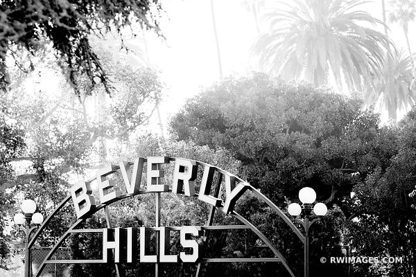 BEVERLY HILLS SIGN BEVERLY HILLS CALIFORNIA BLACK AND WHITE