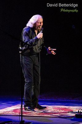 Barry_Gibb-025