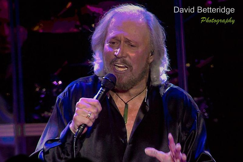 Barry_Gibb-027