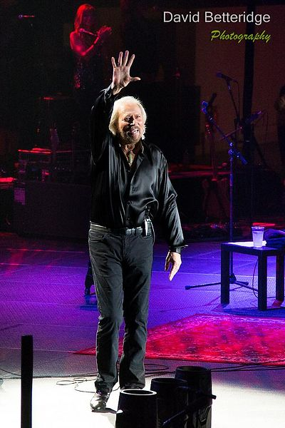 Barry_Gibb-031