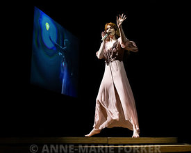 Florence_and_the_Machine-2585