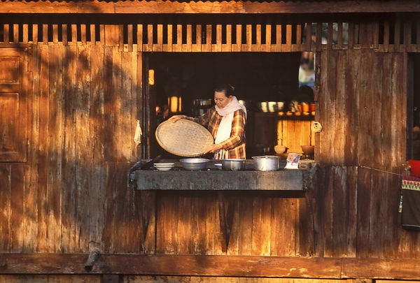 Burmese kitchen