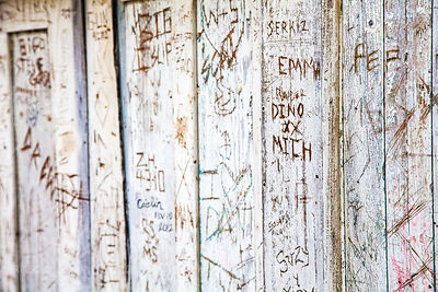 Graffiti on white wood