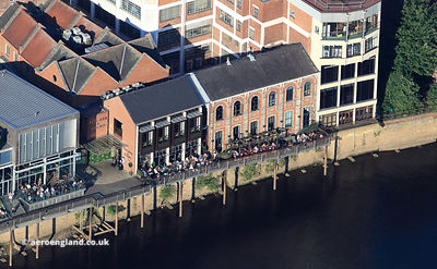Pitcher & Piano Bar on the banks of the  River Ouse in York