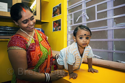 Mother and baby at a health clinic in Howrah, India