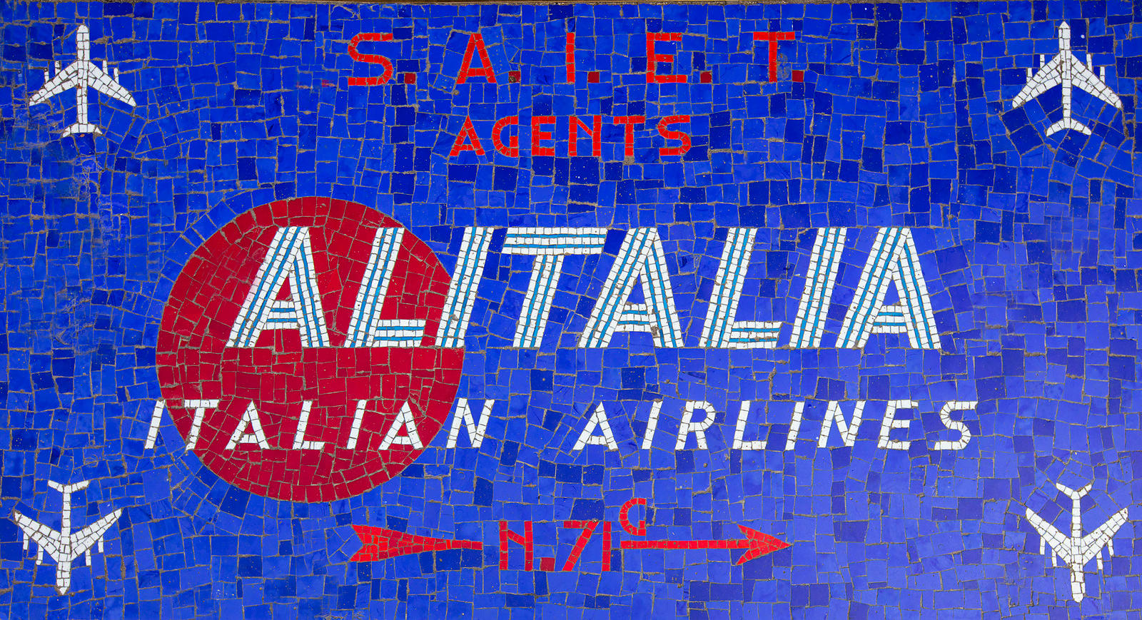 'Alitalia' 2017 : Venice Italy : £1800 including UK VAT : Printwork on 3mm aluminium using a process of dye sublimation :Edit...
