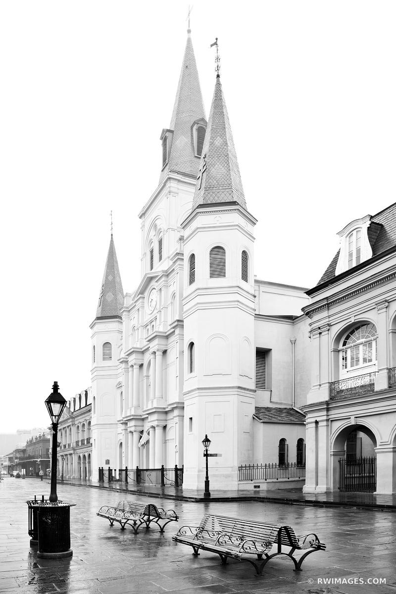 JACKSON SQUARE NEW ORLEANS LOUISIANA BLACK AND WHITE VERTICAL