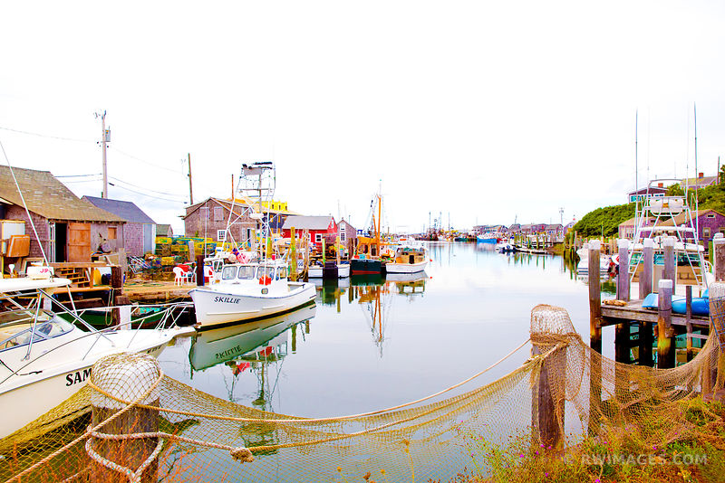 MENEMSHA FISHING VILLAGE CHILMARK MARTHA'S VINEYARD COLOR