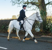 William Wyatt leaving the meet - The Cottesmore Hunt at Pickwell Manor 28/12
