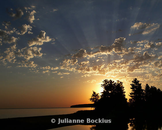Lake Superior Sunrise (horizontall)