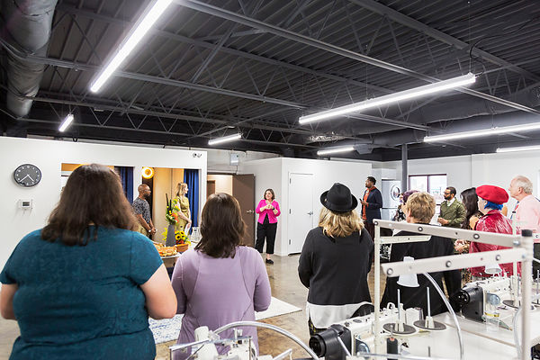 IMG_7866-SamanthaLeviPhotography-RightfullySewn-AtelierRibbonCutting