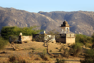 Small temple in the desert near Sidiyas village, Rajasthan, India