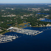 Brewers Yacht Yard And Apponaug Harbor Marina, East Greenwich