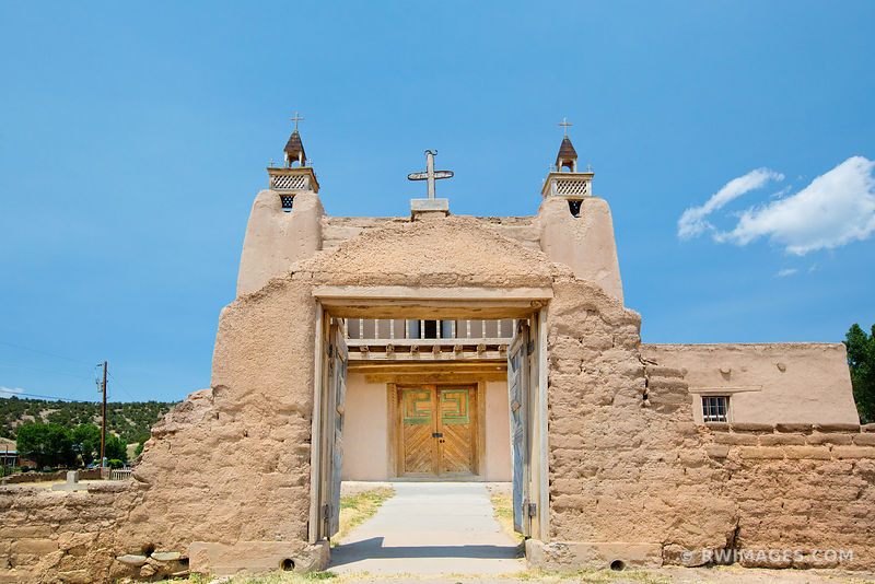 SAN JOSE DE GRACIA CHURCH LAS TRAMPAS HIGH ROAD TO TAOS NEW MEXICO