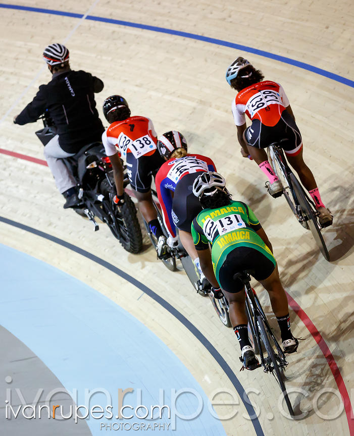 Women's keirin first round repechage. Milton International Challenge, January 11, 2015