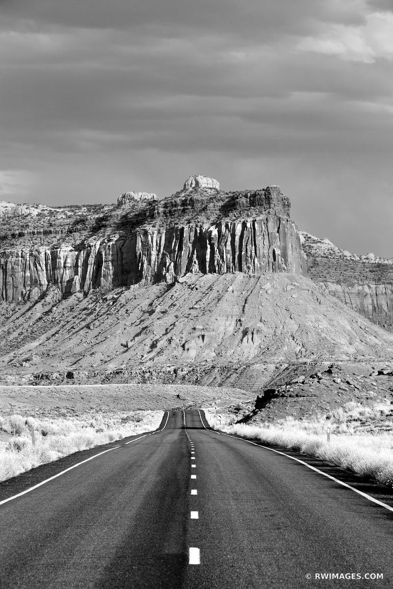 ROAD THROUGH THE NEEDLES DISTRICT CANYONLANDS NATIONAL PARK UTAH BLACK AND WHITE VERTICAL