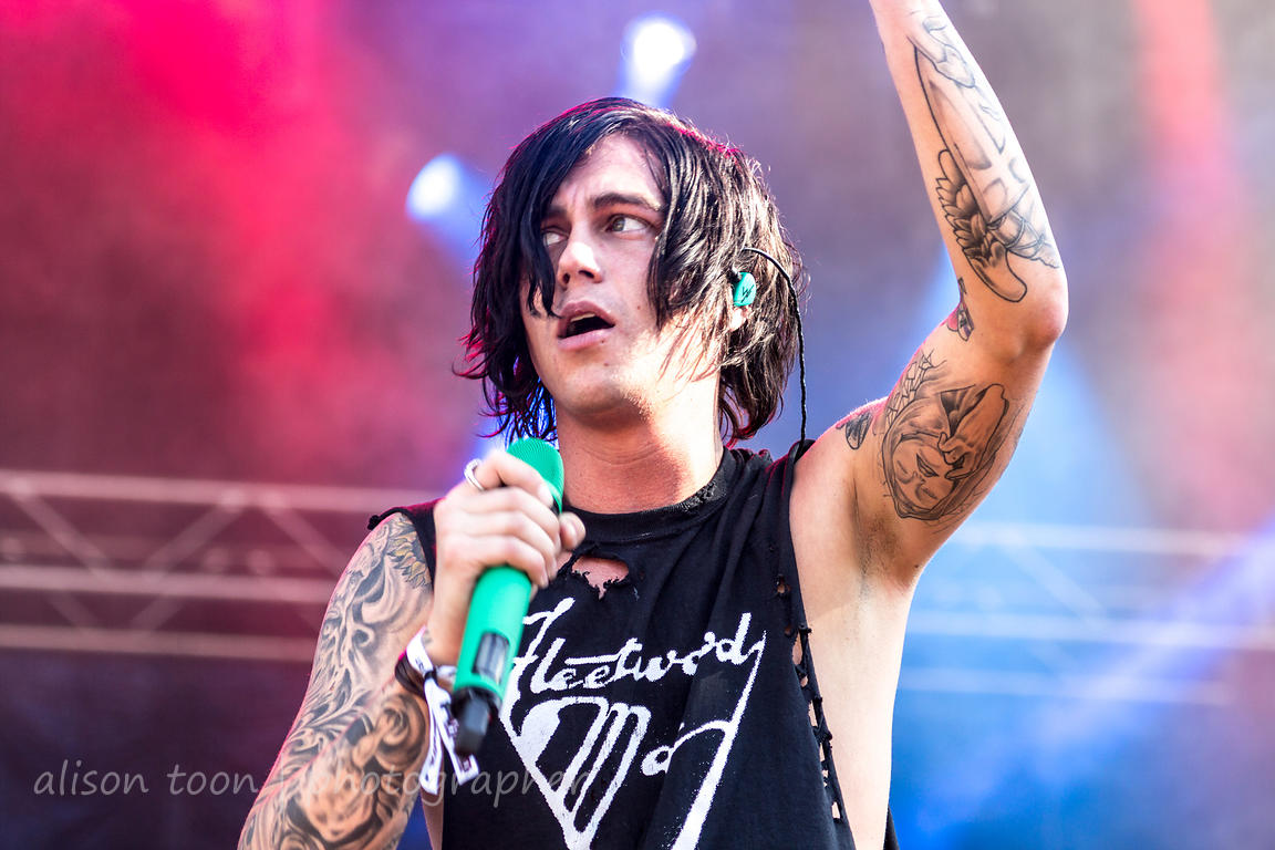 Kellin Quinn, vocals, Sleeping With Sirens