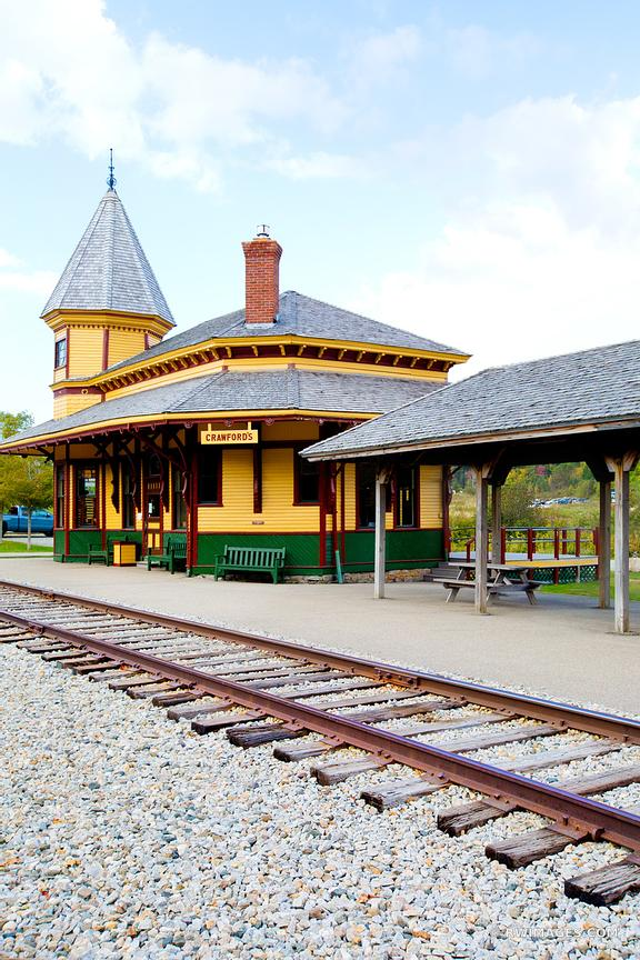 CRAWFORD DEPOT CRAWFORD'S TRAIN STATION CONWAY SCENIC RAILROAD NEW HAMPSHIRE COLOR VERTICAL