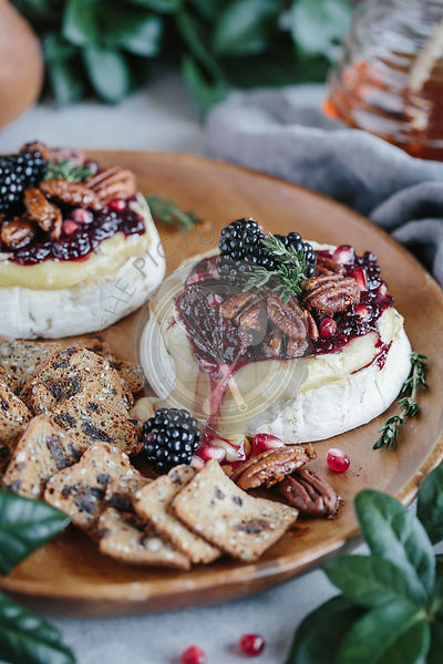 Baked Brie with Blackberry Compote and Spicy Candied Pecans