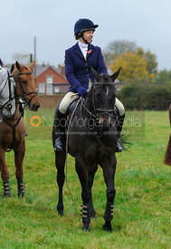 Ursula Moore - The Belvoir Hunt at Long Clawson, 2-11-13