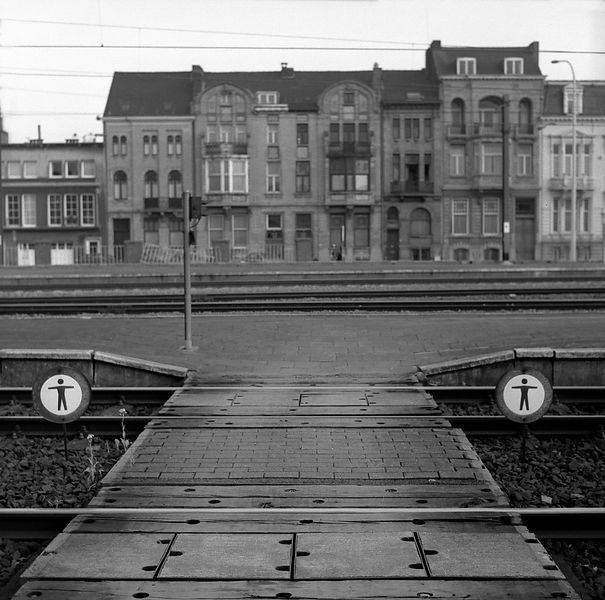 020-Europe_P094024_Train_Tracks_Kortrijk_Preview