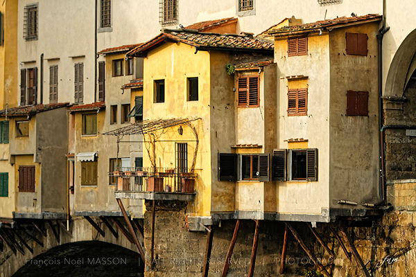 Maisons_suspendues