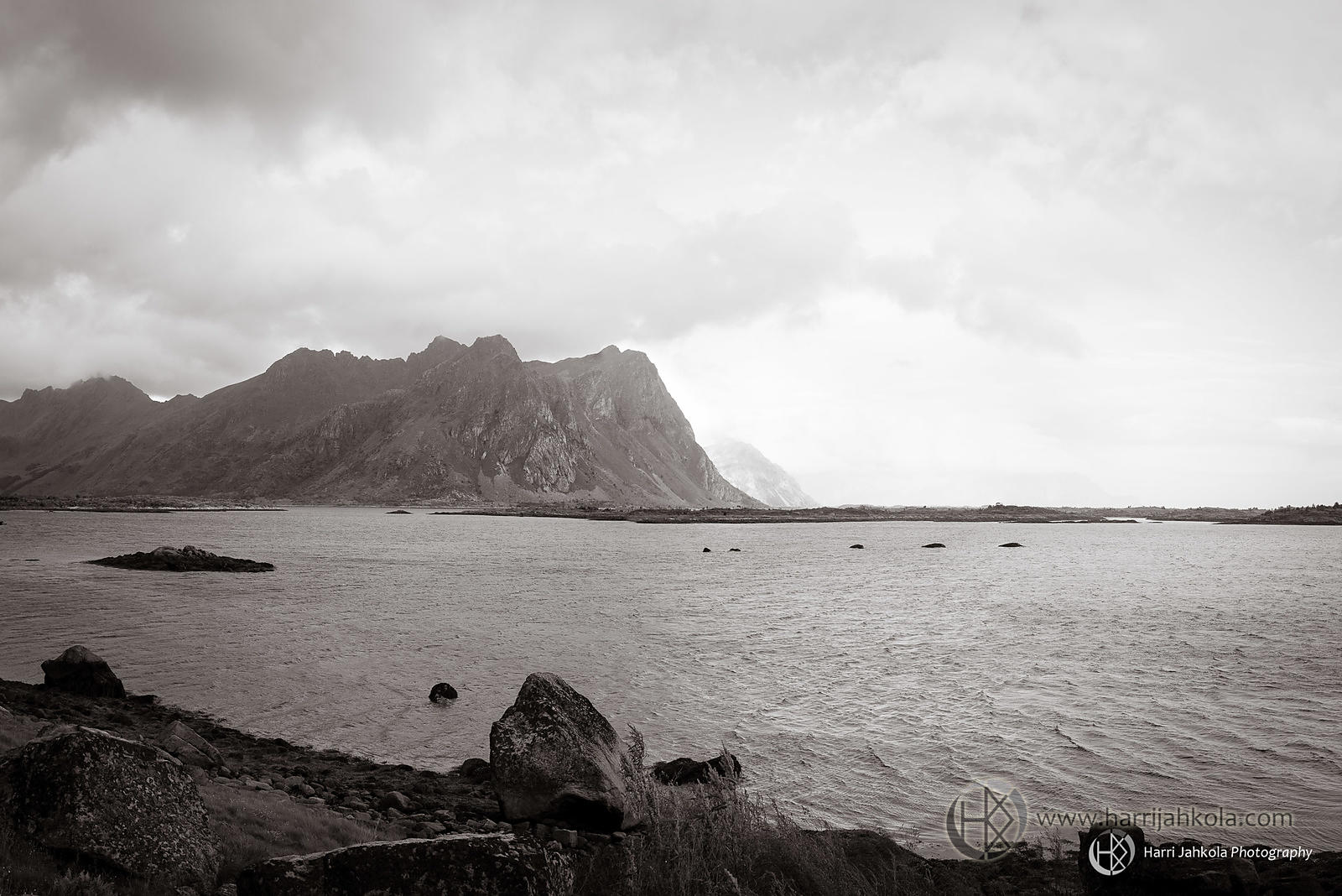 Norway - Lofoten (Cliffs)
