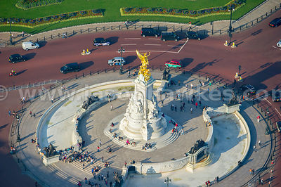 Aerial view of the victoria Memorial, London