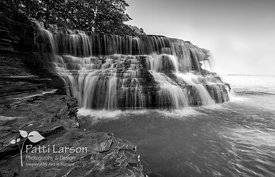 Waterfalls at 4 Mile Creek – Black and White