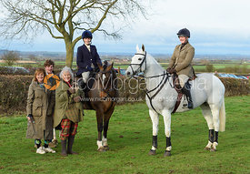 Lady Violet Manners, Duchess of Rutland, Rebecca Vernon At the Meet. The Belvoir Hunt at Sheepwash 29/12
