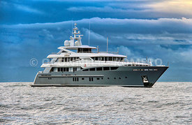 Superyacht 2 Ladies