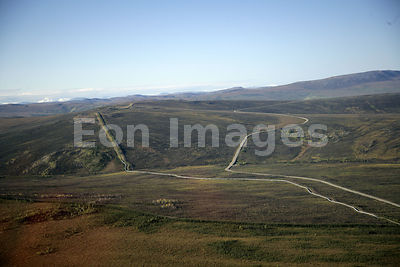 Trans-Alaska oil pipeline and Dalton Highway