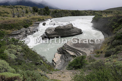 Cascada Paine on the Rio Paine, Torres del Paine National Park, Patagonia, Chile