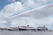 The Three Queens and Red Arrows